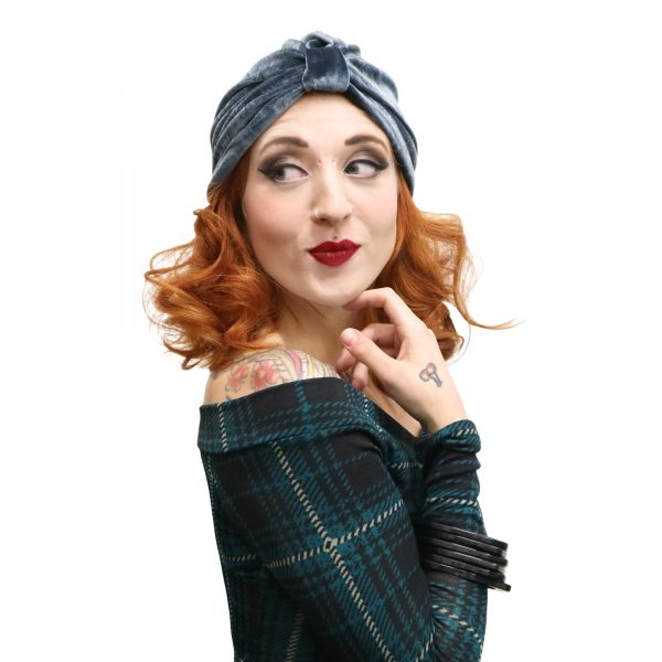 Great vintage inspired turban. Pin up style headwear