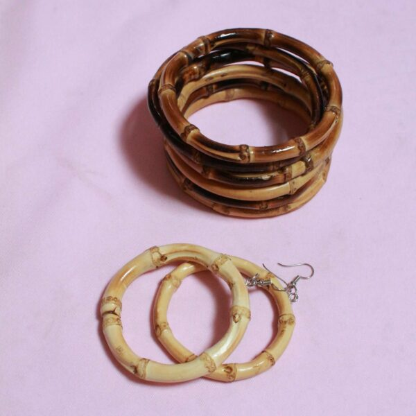 three textured brown and tan wooden bamboo bangles and hoop earrings - sustainable, eco fashion. Bamboo bangle Jewellery to stack